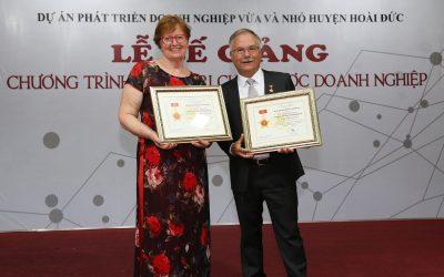Hiệp hội doanh nghiệp vừa và nhỏ Hà Nội vinh danh tổ chức YWAM Mercy Việt Nam