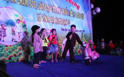 Đêm truyền thông tiếp cận cộng đồng với những thông điệp về phát triển trẻ thơ